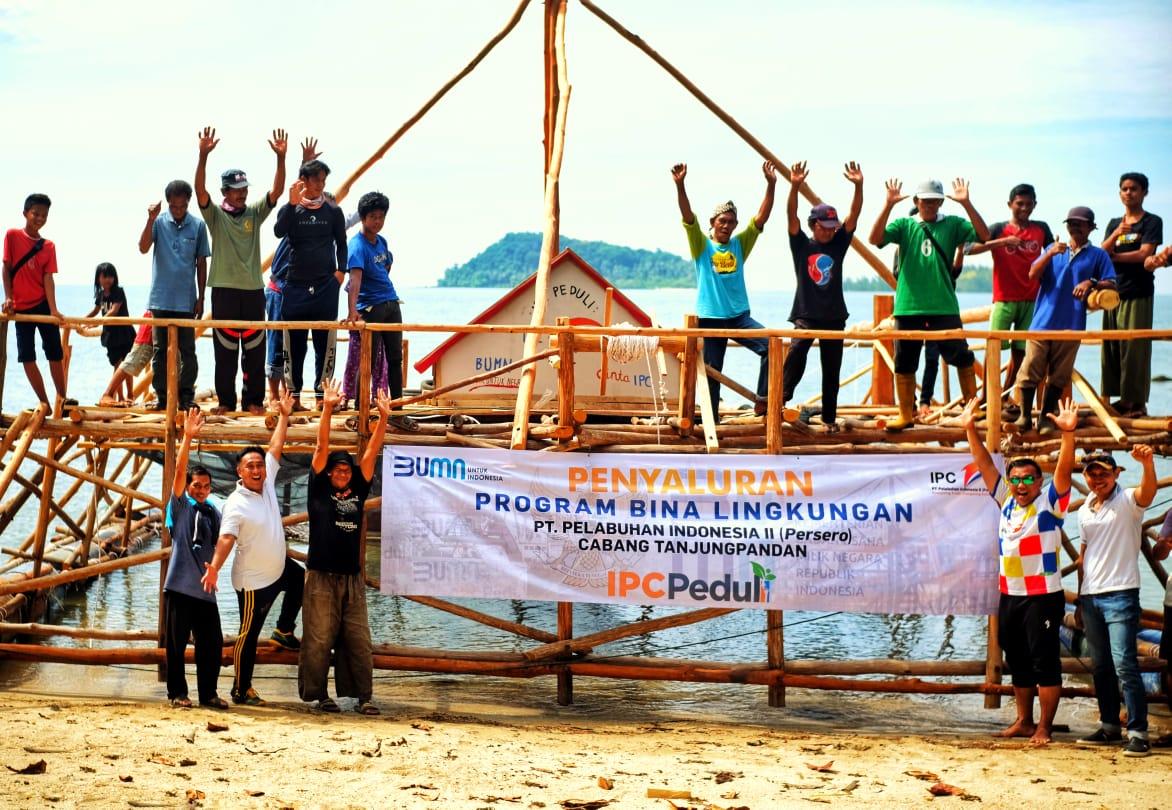 PT Pelindo II Cabang TanjungPandan Berikan Bantuan Keramba Ikan Untuk Desa Sungai Padang – Batu Bedil, Belitung